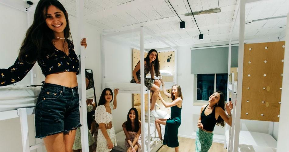 Gia Hostel Tel Aviv | Shesh – 6 bed mix dorm